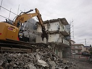 マンション解体工事のご紹介です