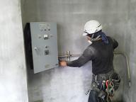 貯水槽及び加圧ポンプの水道配管撤去工事を紹介します。no.7